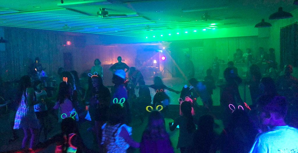 Best Black Light Led for Glow Party